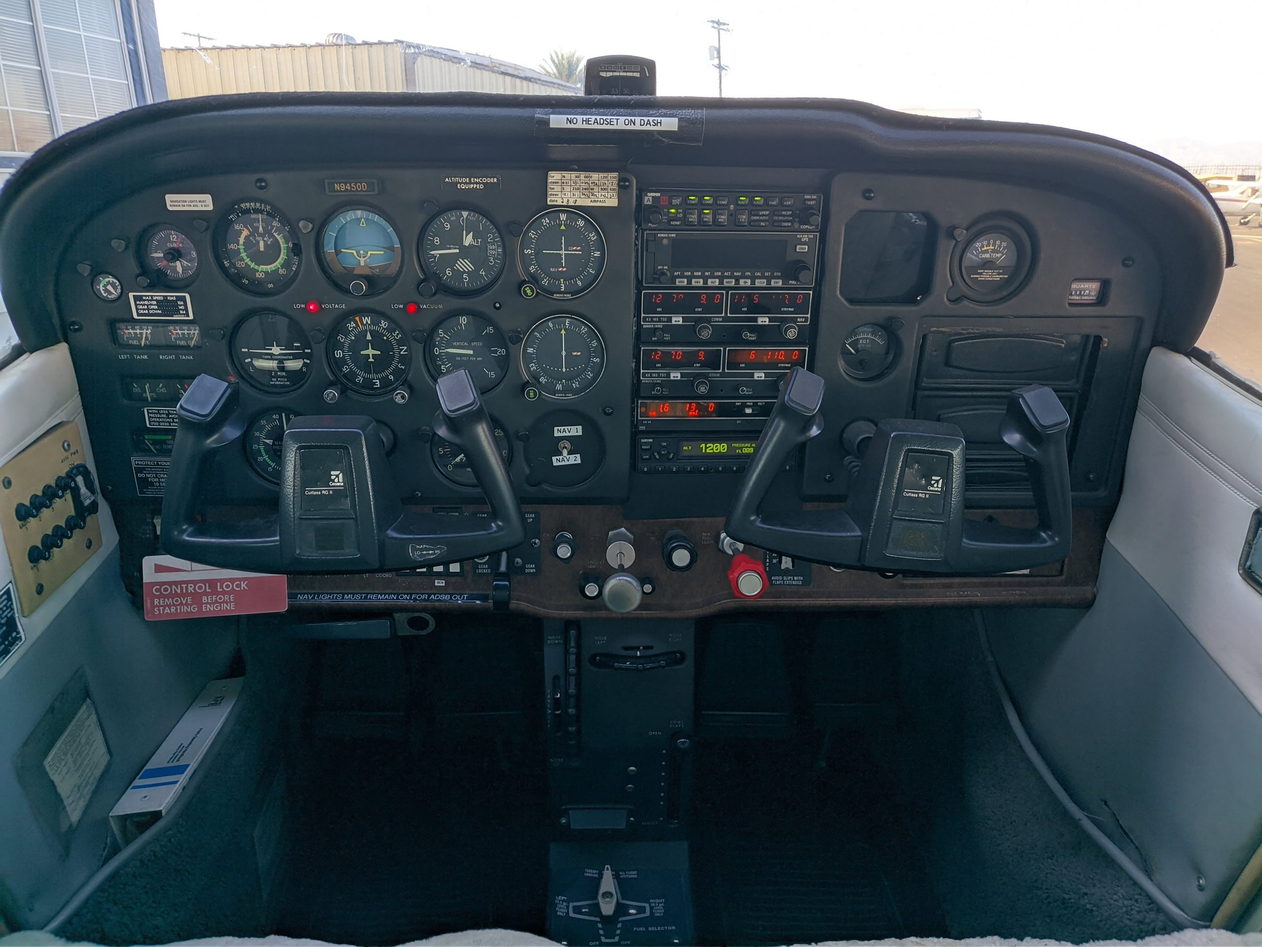 C172RG-Panel